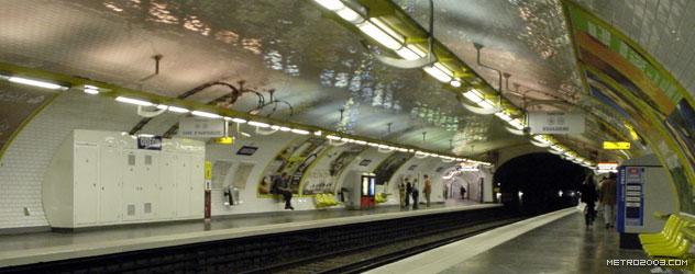 paris metro(パリのメトロ)Odéon></div>  <div id=
