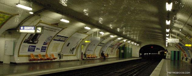 paris metro(パリのメトロ)Maubert-Mutualité></div>  <div id=