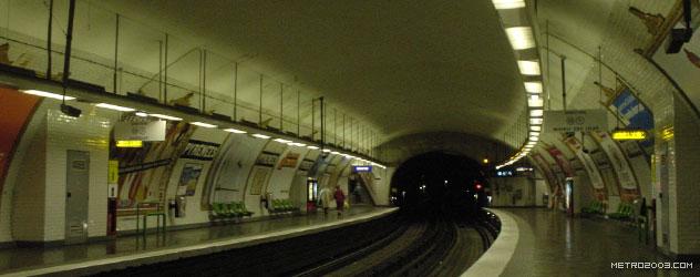 paris metro(パリのメトロ)Pyrénées></div>  <div id=