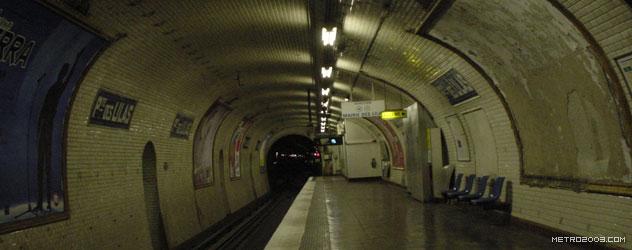 paris metro(パリのメトロ)Porte des Lilas></div>  <div id=