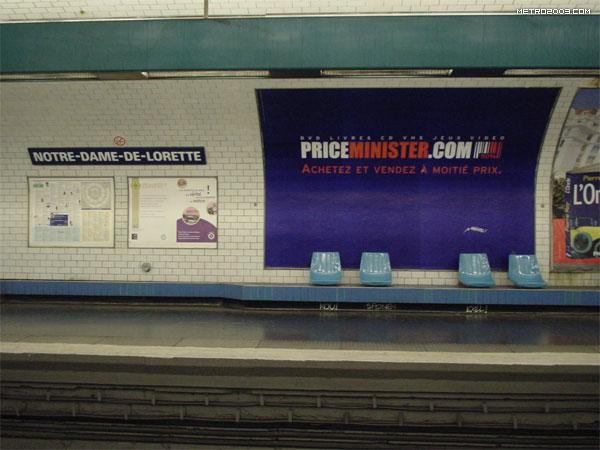 notre dame de lorette metro a. Black Bedroom Furniture Sets. Home Design Ideas