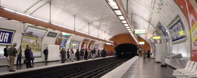 paris metro(パリのメトロ)Pasteur></div>  <div id=