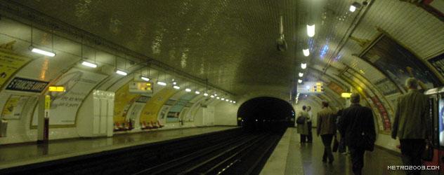 paris metro(パリのメトロ)Saint-François-Xavier></div>  <div id=