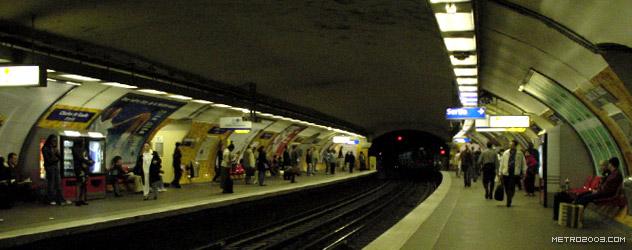 paris metro(パリのメトロ)Charles de Gaulle Étoile></div>  <div id=