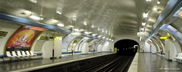 paris metro(パリのメトロ)Courcelles></div>  <div id=