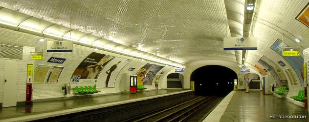 paris metro(パリのメトロ)Monceau></div>  <div id=