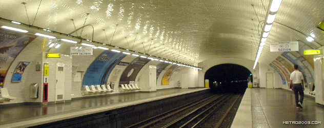 paris metro(パリのメトロ)Colonel Fabien></div>  <div id=
