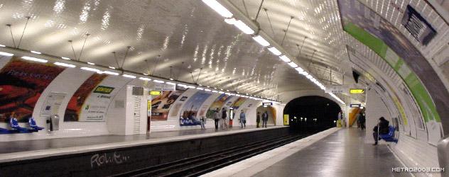 paris metro(パリのメトロ)Avron></div>  <div id=