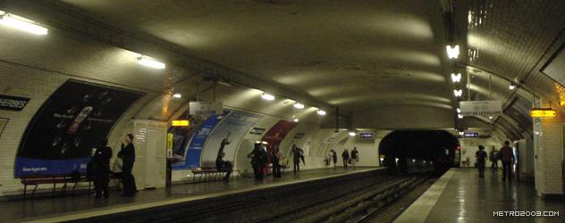 paris metro(パリのメトロ)Malesherbes></div>  <div id=