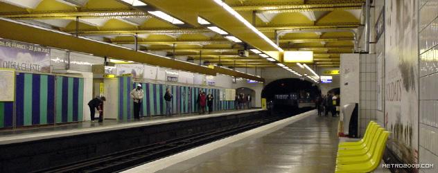 paris metro(パリのメトロ)Père Lachaise></div>  <div id=