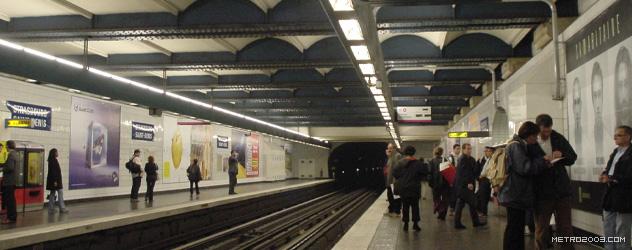paris metro(パリのメトロ)Strasbourg Saint-Denis></div>  <div id=