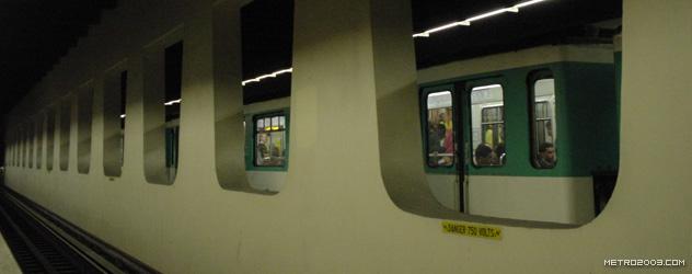paris metro(パリのメトロ)Les Halles></div>  <div id=