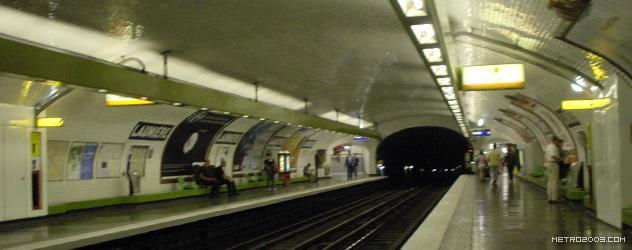 paris metro(パリのメトロ)Laumière></div>  <div id=