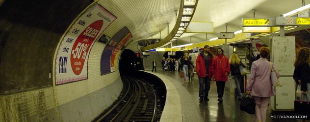 paris metro(パリのメトロ)Place d'Italie></div>  <div id=