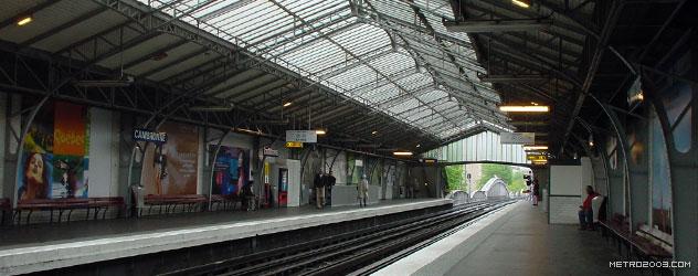 パリのメトロ Station de Métro parisien Cambronne