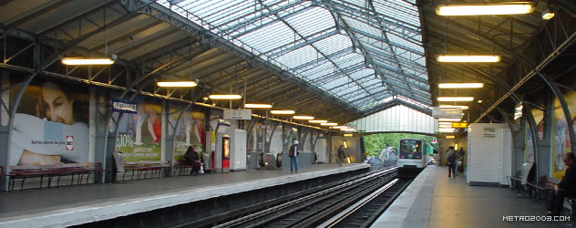 paris metro(パリのメトロ)Nationale></div>  <div id=