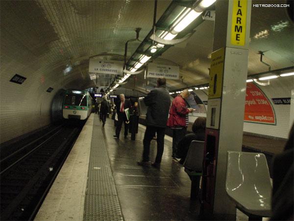 Louis Blanc(ルイ・ブラン駅)...