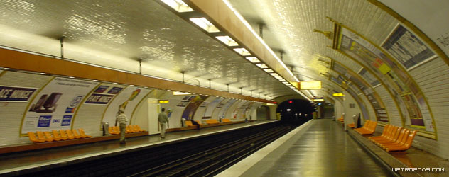 paris metro(パリのメトロ)Place Monge></div>  <div id=