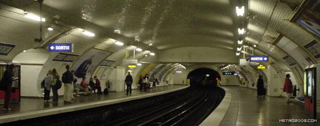 paris metro(パリのメトロ)Censier-Daubenton></div>  <div id=