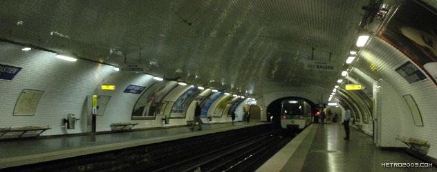 paris metro(パリのメトロ)Saint-Sébastien-Froissart></div>  <div id=