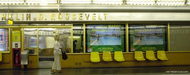 パリのメトロ Station de Métro parisien Franklin D. Roosevelt
