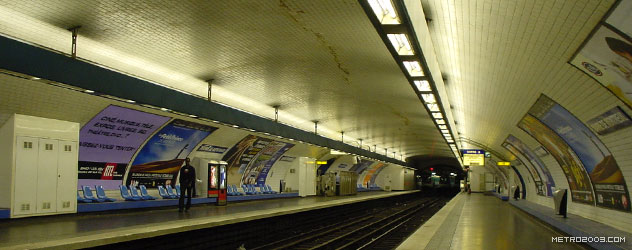 paris metro(パリのメトロ)Mairie de Montreuil></div>  <div id=